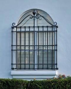 barreaux aux fenêtres