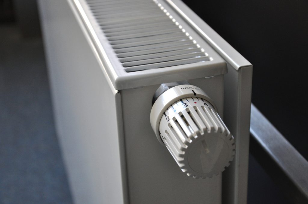 Entretenir les radiateurs régulièrement pour maintenir leur bons fonctionnement